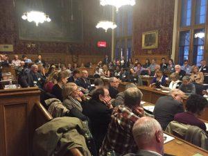 Ateigada presentación na Casa dos Comúns do informe  do APPG acerca dos límites do crecemento (cortesía de @BarryGardiner)